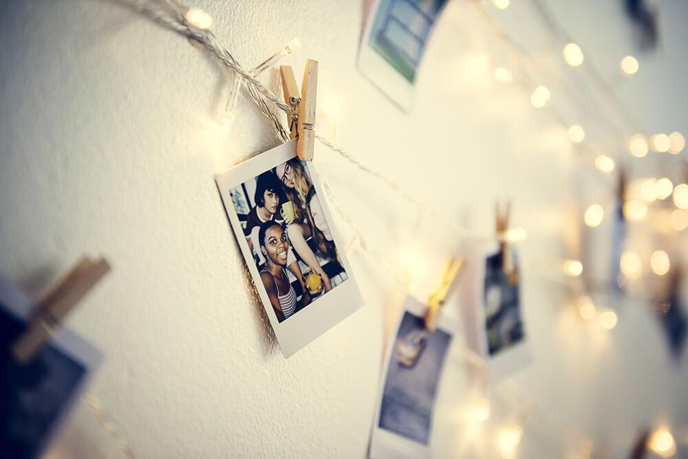 Podświetlane lampkami led zdjęcia, to wspaniała ozdoba każdego pokoju nastolatka.