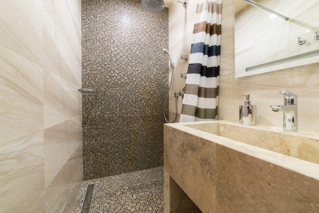Funkcjonalny i nowoczesny prysznic – wszystko co powinieneś wiedzieć od A do Z 7