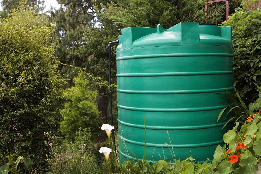 Zbiornik na wodę deszczową.