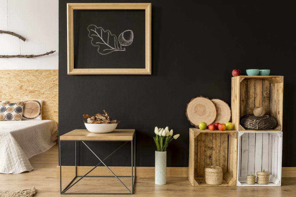 Skrzynki drewniane (nie) tylko na owoce – najpopularniejsze pomysły na aranżacje do domu i ogrodu 1