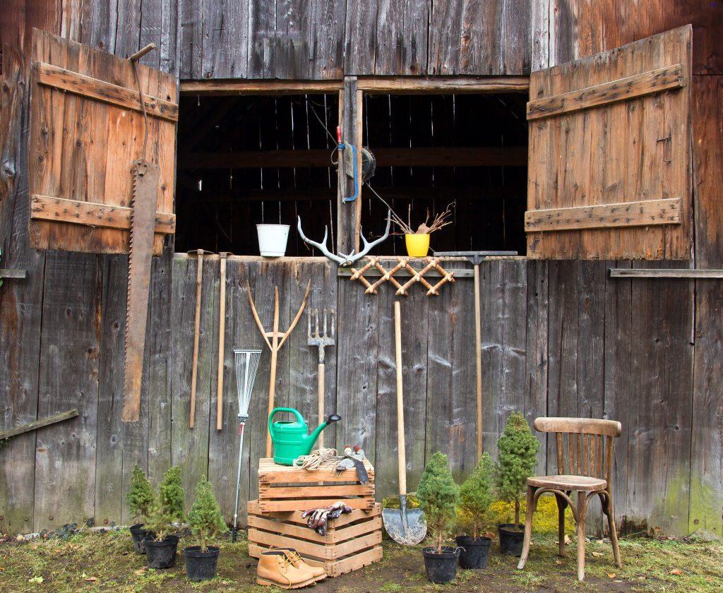 Skrzynki drewniane (nie) tylko na owoce – najpopularniejsze pomysły na aranżacje do domu i ogrodu 4