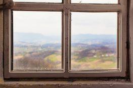 Uciekające ciepło i hałas – czyli o problemach z uszczelnieniem w domu