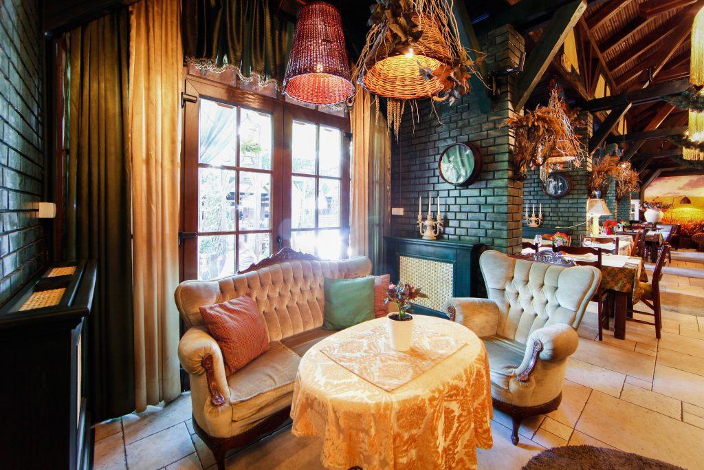 bar-knajpa-restauracja-wystrój-domowy