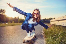 Kilka powodów, dlaczego koniec wakacji to dobra wiadomość – przede wszystkim dla matek
