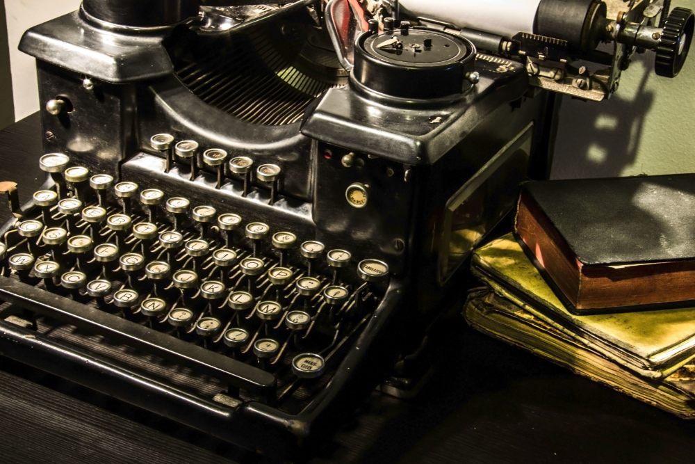 maszyna-do-pisania