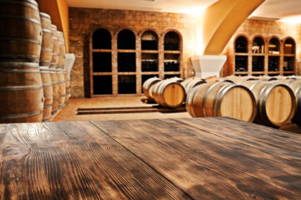 wino-piwnica-winiarska