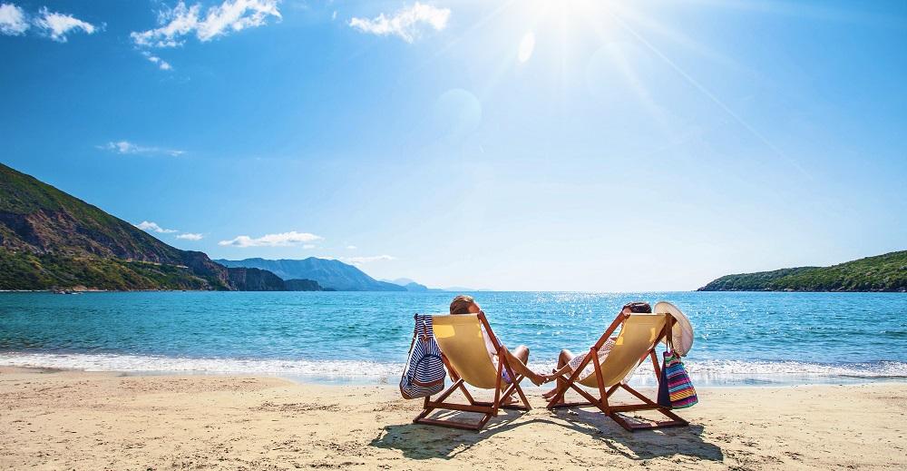 Dwie osoby na plaży