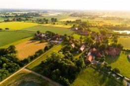 Czy warto mieszkać na wsi?