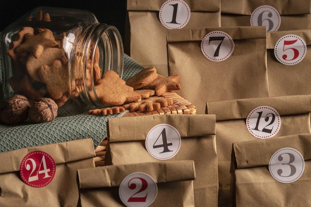 Kalendarz adwentowy w papierowych torebkach