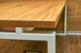 Połączenie drewna z metalem