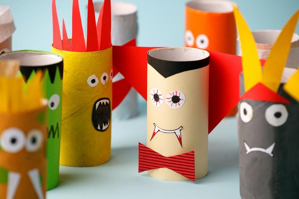 Stworki z rolek papierowych