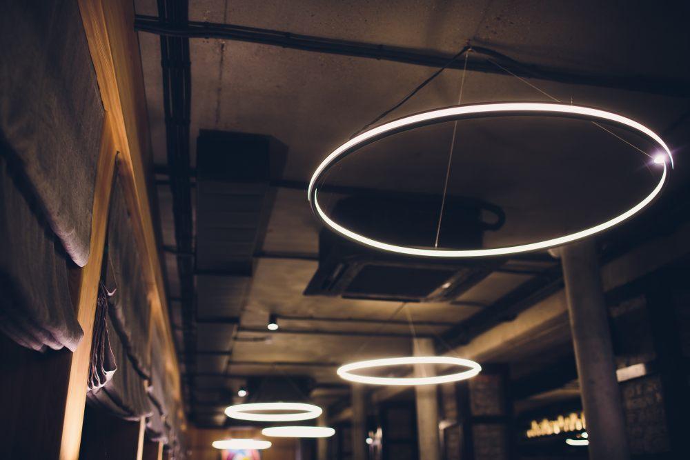 lampy-na-stalowej-linie