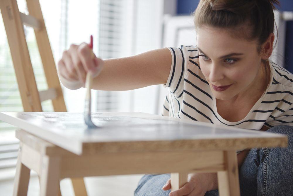 DIY dla początkujących - 3 proste sposoby na domową renowację mebli 3