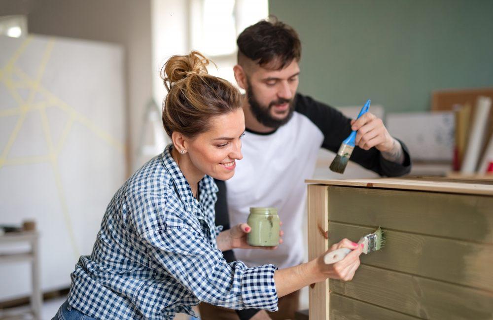 wystarczy-pomalowac-meble-drewniane-by-nadac-im-nowe-zycie